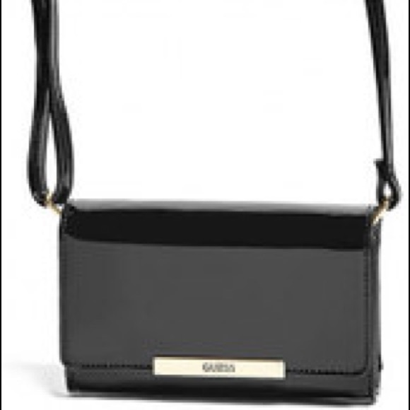 2555797844a5 GUESS Calypso Crossbody Wallet - Black- New